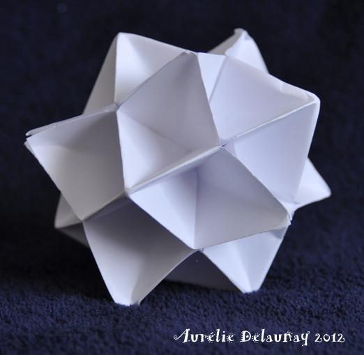 Boule de noel origami - Fabriquer des boules de noel en papier ...