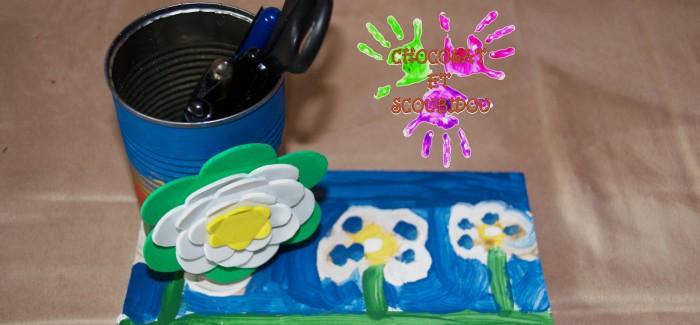 Pot à crayons à fleurs