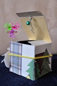 Carte de voeux cubique - fermée de face