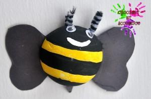 Drôles de petites bêtes - abeille