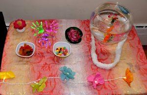 Fête d'anniversaire Tahiti - table fleurie